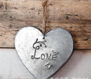Love Galvanised Hearts