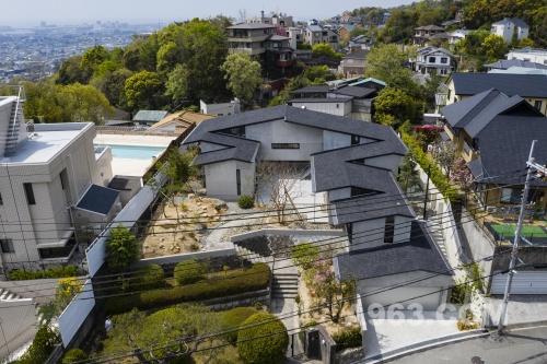 House in Megamiyama
